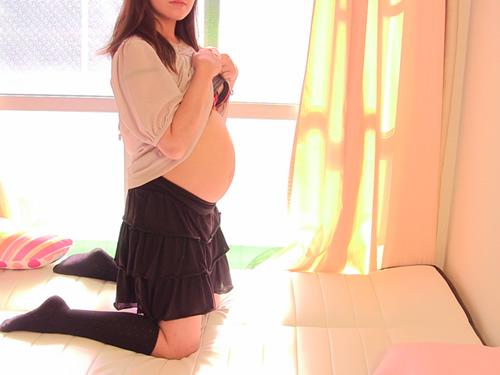 ゆな – 妊娠六ヶ月のオナニー
